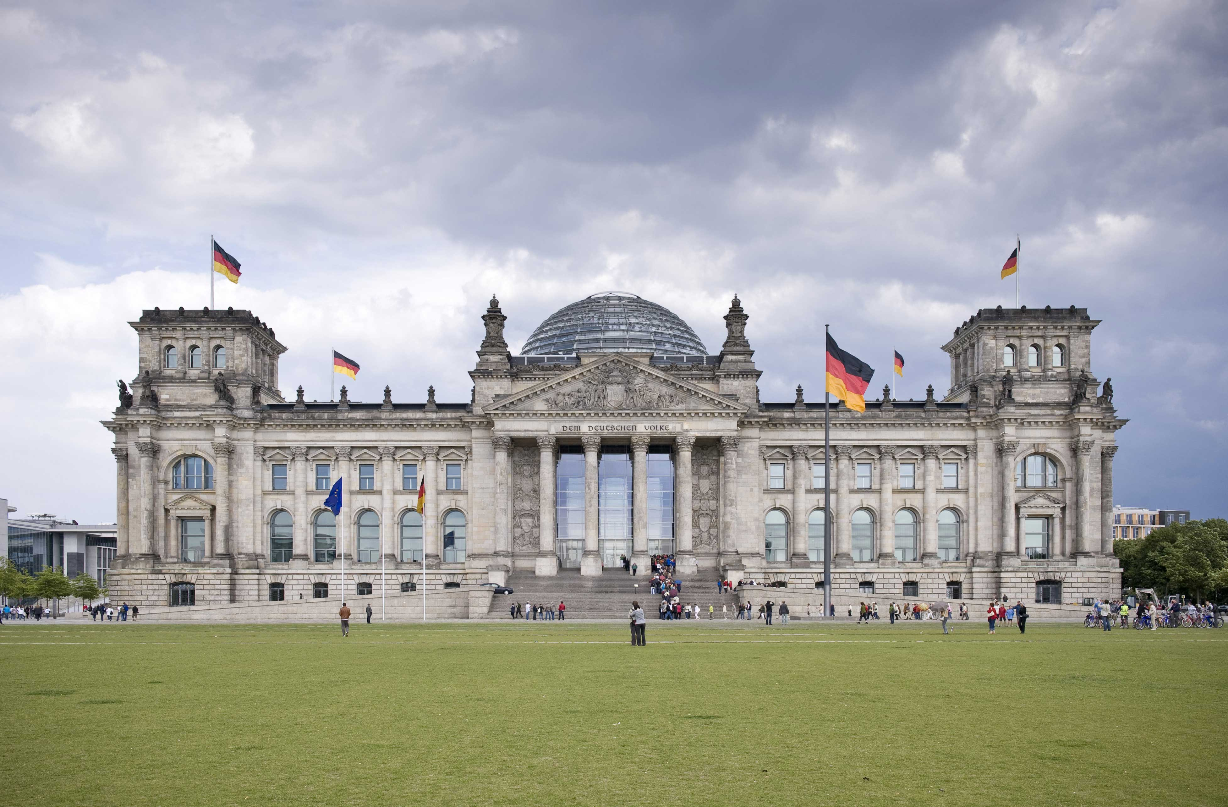 Opinions on Reichstag