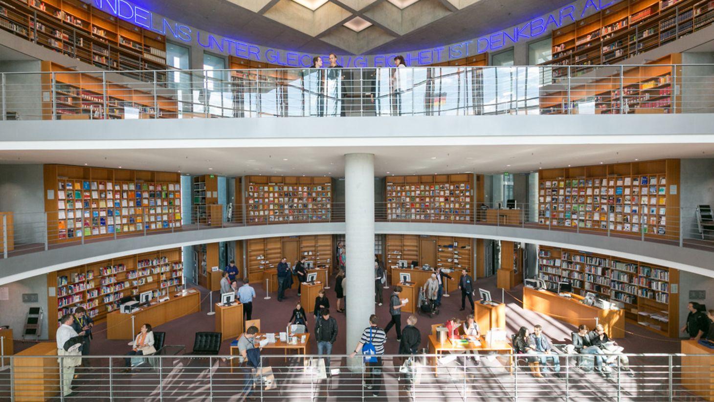 Deutscher Bundestag Bibliothek