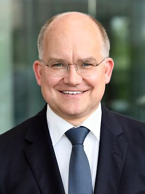 Jürgen Marquardt german bundestag petitions committee