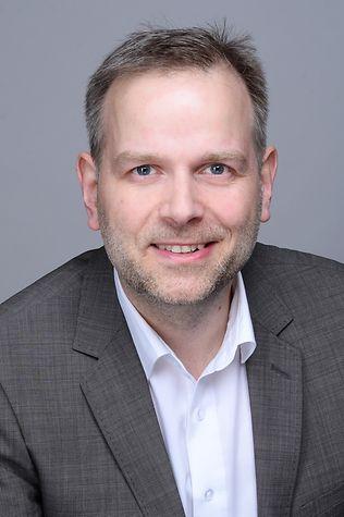 Leif Holm