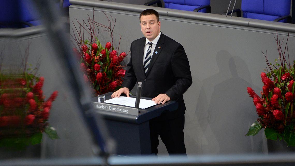 Der estnische Ministerpräsident Jüri Ratas während seiner Rede zum Volkstrauertag